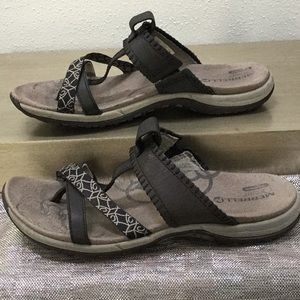 Merrell woman's size 8 sandal